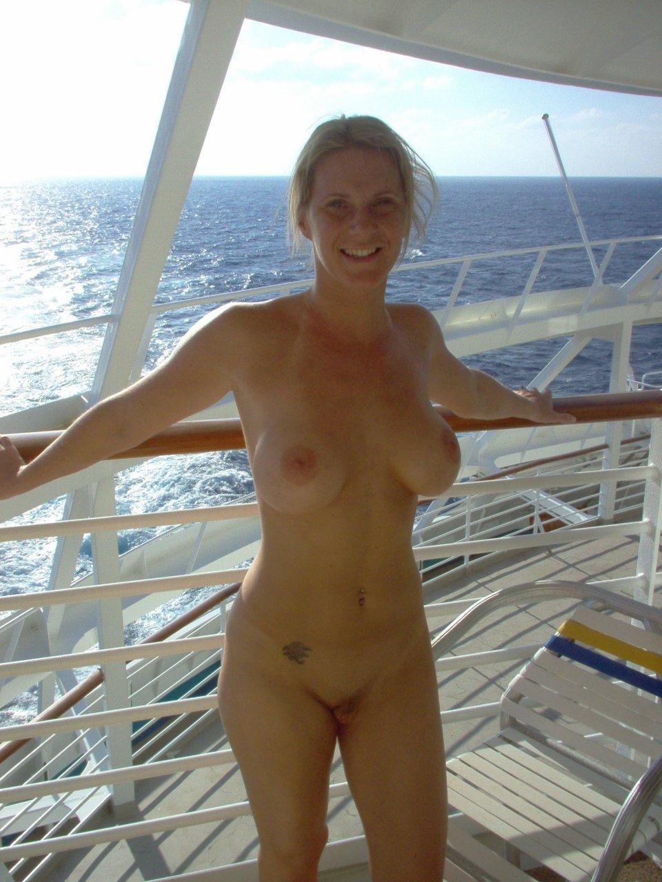 Cruise ship milf