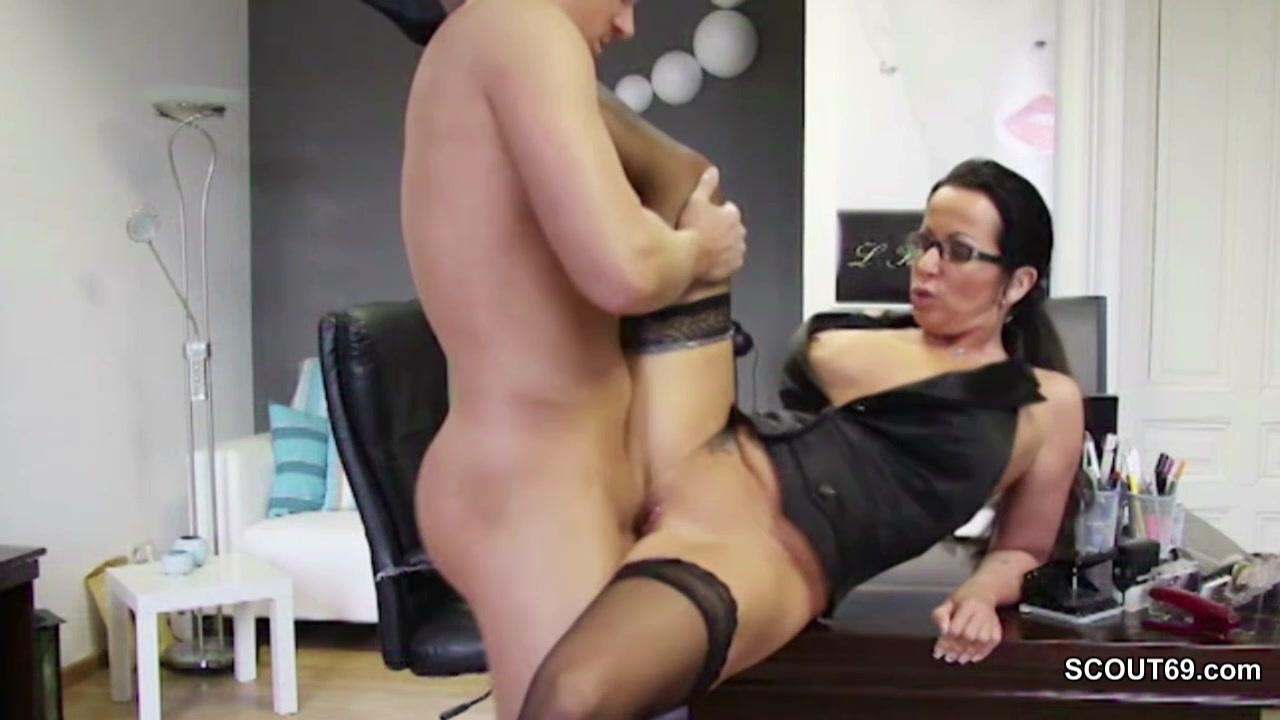 Porno deutsche chefin Deutsche Chefin